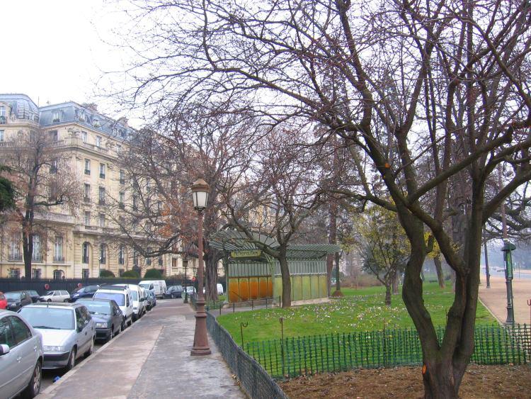 Claude Debussy\'s Residence on 80 Avenue du Bois de Boulogne